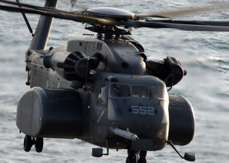 Image: United States Marine Corps MH-53E Sea Dragon Helicopter